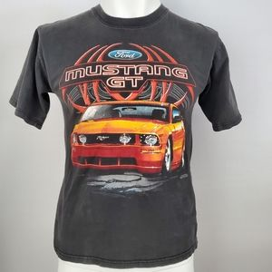Old School Ford Mustang Short Sleeve Tee Size M 🔥